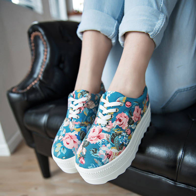 2015-Women-canvas-shoes-Woman-floral-thick-Sole-5-5cm-high-heels-Platform-Wedges-Ladies-Creepers